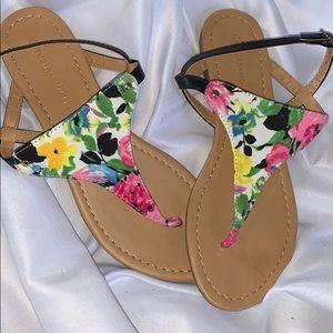 🌸🌺 NWOT Sandals 🌻🌷